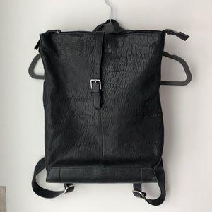 MAXON pebbled leather back pack